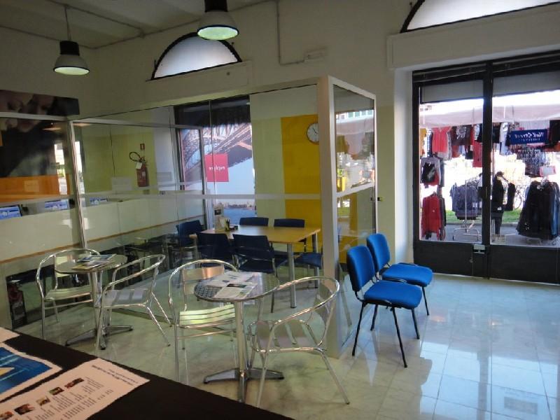 Pagine web italia aziende scuole private scuole di for Berti arredamenti srl massa ms